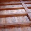 Дерев'яна підлога в приватному будинку: вибираємо правильно