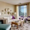 Дизайн-проект вітальні: на користь метрів і комфорту