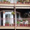 Зберігання речей на балконі