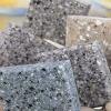 Штучні декоративні камені в садовому дизайні