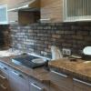 Як використовувати декоративний камінь в інтер'єрі кухні?