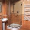 Як відмити душову кабіну і прибрати наліт з скла