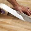 Як правильно стелити лінолеум на дерев'яну підлогу