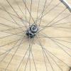 Як зробити креативну люстру з велосипедного колеса