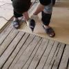 Як вирівняти дерев'яну підлогу?