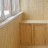 Яку вагонку вибрати для свого балкона: дерев'яну або пластикову?