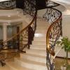 Ковані перила для сходів і огорожі балконів: чудове мереживо металу