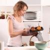 Кухонне начиння як практичне пристосування і елемент дизайну кухні