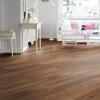 Ламінат з фаскою: особливості та характеристика підлогового покриття