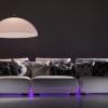 Неонова краса нічного дивана