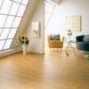 Планомірне вирівнювання дерев'яної підлоги самовирівнюється сумішшю