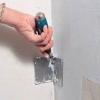 Підготовка стін під плитку: два варіанти