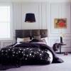 Покривало на ліжко як декоративний елемент спальні