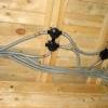 Проводка в дерев'яному будинку: варіанти, методи і матеріали
