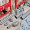 Розводка труб каналізації у ванній кімнаті