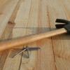 Скрипить дерев'яна підлога: що робити в цьому випадку?