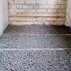 Стяжка підлоги з застосуванням керамзиту.