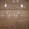Технології обробки стелі у ванній кімнаті