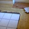 Укладання кахлю на дерев'яну підлогу: особливості та тонкощі