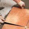 Укладання кахельної плитки своїми руками - кропіткий процес