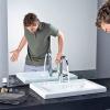 Установка змішувача в раковину і мийку