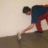 Вирівнювання підлоги в гаражі