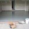 Заміна дерев'яної підлоги на рідкий підлогу в гаражі